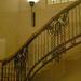 Üvegen keresztül a lépcsőház