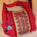 11 Piros pöttyös táska