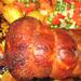 Ropogós sült kacsa, párolt zöldségekkel, sült burgonyával körítve.