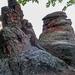 Jakab-hegy nevezetes sziklái, a Babásszerkővek