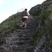 400 Természetközeli lépcsőkön lehet feljutni a Füzéri várba