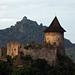 Somoskő vár háttérben Salgó vár