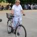 Éva, a biciklizsonglör