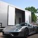 Kamionok között: Porsche 918 Spyder