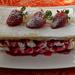 Epres-mascarponés krém leveles tésztával