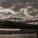 A hídon át...