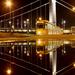 Álló villamos tócsával az Erzsébet-hídnál